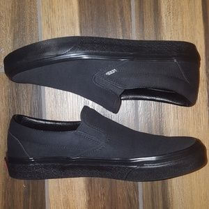 BRAND NEW Men's Black Vans Slip On Shoes